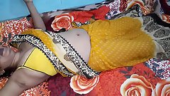 Indian Bhabhi Sex In Yellow Sari Real Fucking - Desi Sex
